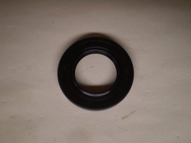 SUZ DRIVE PINION SEAL 28.47.7